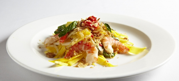 Mango salad with chicken by Trinh Diem Vy
